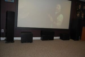 Home Theatre Klipsch 7.2 Speakers also contains 2 sub woofers
