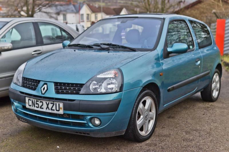 2002 renault clio 1 2 extreme dynamique 16v sunroof blue grey interior trim 7 se in cardiff. Black Bedroom Furniture Sets. Home Design Ideas