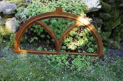 Eisenfenster für Gartenmauer, Stallfenster Rundbogen, Fenster V halbrund 55 x 31