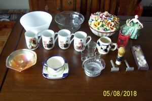 ONE LOT OF ANTIQUES AND COLLECTIBLES -open to offers