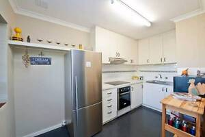 (Fully furnished) Neat two bedroom unit in quiet location Wembley Downs Stirling Area Preview