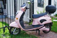 "ELECTRIC ""DOLCE VITA"" SCOOTER FOR SALE"