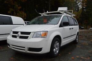 "Dodge Grand Caravan C-V 119"" WB - Tradesmen Shelving & Roof Rack"