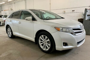 TOYOTA VENZA LIMITED 2013 AWD *4 CYLINDRES *CUIR *PANO *CAMERA *