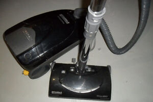 Sears Kenmore vacuum Whispertone canister w/HEPA Filter