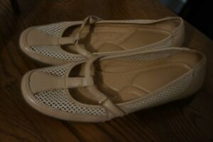 Naturalizer shoe size 9