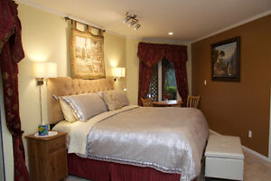 *Fall Special* Romantic Oceanview King Suite /Sunshine Coast