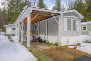 17 3063 Hornsberger Road, Salmon Arm -  Incredible value!