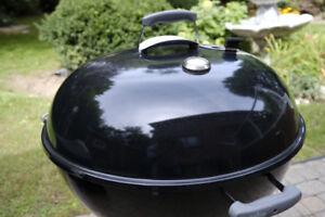 "26"" Weber Charcoal BBQ w Slow 'N Sear"