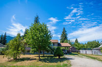 610 Gillis Avenue, Sicamous- Perfect Family Home, Great Location