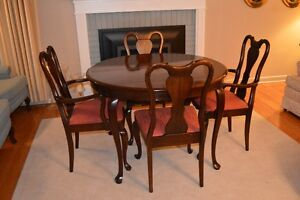 Gibbard Buy Or Sell Dining Table Amp Sets In Ontario