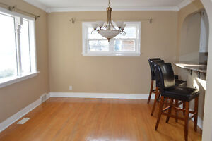 OPEN House Sun. Nov 27 1-3pm 1 1/2 Story Brick Home in Riverdale Cornwall Ontario image 4