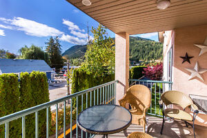 208 1002 Riverside Avenue, Sicamous - This Condo Has It All!