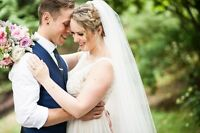 Professional Wedding Photography Packages from $250