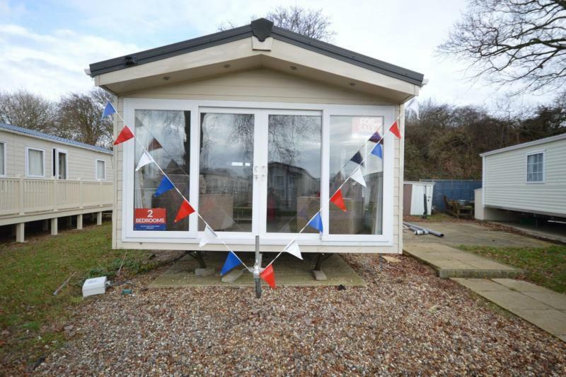 Static Caravan Nr Clacton-On-Sea Essex 2 Bedrooms 6 Berth Delta Cambridge 2017