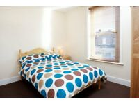 LARGE ROOMS TO RENT, NEWLY DECORATED, ALL BILLS INC, WIFI, SKY TV, NO DEPOSIT, CLEANER
