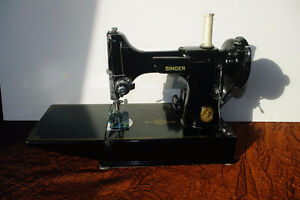 1952 Singer Featherweight Portable Sewing Machine