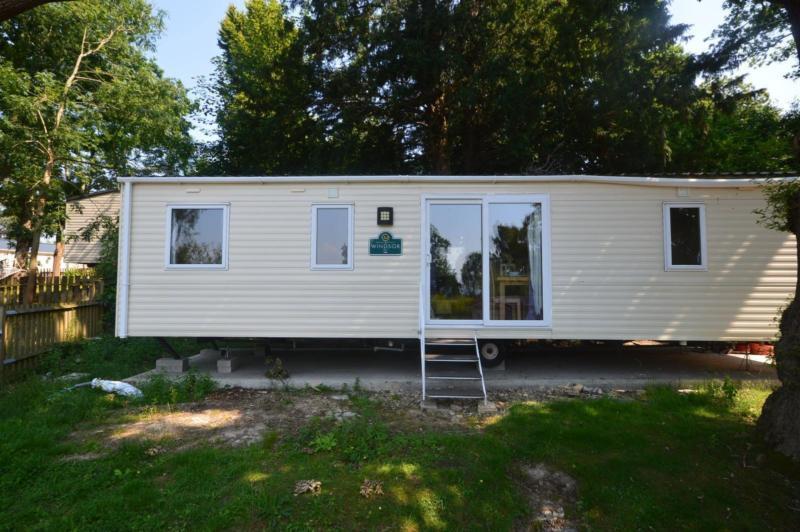 Static Caravan Hastings Sussex 3 Bedrooms 8 Berth ABI Windsor 2010 Beauport
