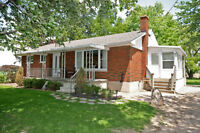 1/2 acre renovated country bungalow