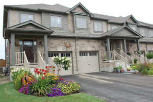 2 Year Old End Unit Townhome in Orangeville with A/C