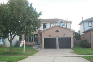 In Cambridge near 401, open House Sunday Aug28th 2-4pm