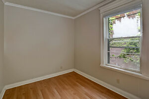 Updated Duplex in South London London Ontario image 6