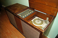 antique record player+radio
