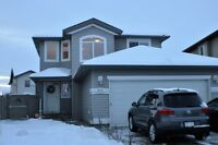 BEAUTIFUL FULLY DEVELOPED FAMILY HOME IN RIVERSTONE