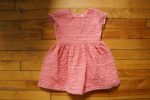 Carter's dress size 3T