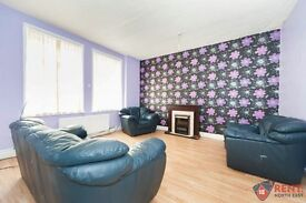 4 bedroom flat in Eastbourne Avenue, Gateshead, NE8