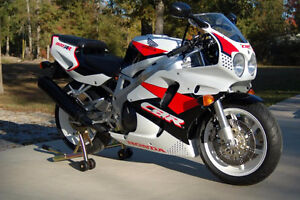Wanted: 1992 to 1995 CBR 900rr