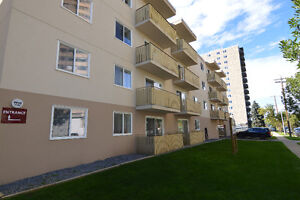 9925 91 Ave -Whyte Ave loc-Big 1Bdr-3 months 1/2 off