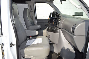2007 Ford E-250 Cargo Van Accident Free Only 99 Km Oakville / Halton Region Toronto (GTA) image 9