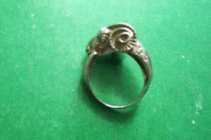 UNIQUE STERLING RAMS HEAD RING