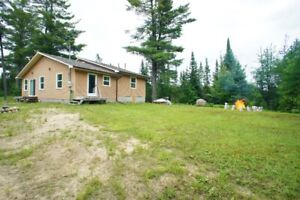 Pine Cottage on Dear Lake, Parry Sound, For Rent