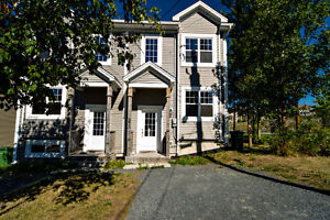 Townhome located only minutes from DOWNTOWNS Hfx/Dartmouth
