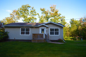 OPEN HOUSE IN BEAUTIFUL FAIRVIEW  - SUN APRIL 22, (2-4PM)