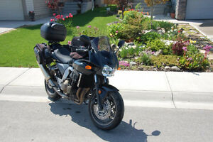 2006 Kawasaki Z750S with trunk, tank bag and soft saddlebags