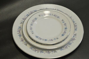 REDUCED MUST SELL FOUNTAINEBLEAU China Dish Set Blue Floral