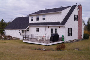 Gorgeous & renovated home, rural living just minutes from town Williams Lake Cariboo Area image 2