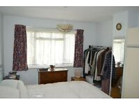 3 BED HOUSE WITH 2 RECEPTION: SILVERMERE AVE ROMFORD RM5 2QA (EXCLUDE ALL BILLS)