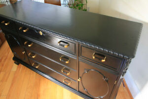 Elegant Sideboard in great condition!