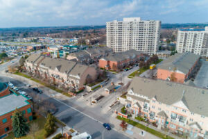 TOWNHOUSE CONDO BY PICKERING TOWN - STUNNING 3 BEDROOM