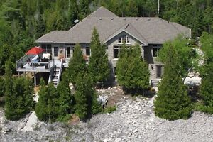 Private & Luxurious Lake Huron Home/Cottage!