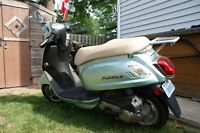 2009 SYM FIDDLE II GAS POWERED SCOOTER