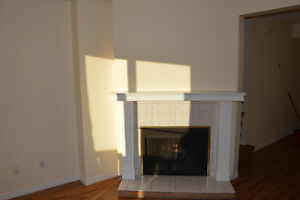 Bright 2 bedroom condo in Dunluce available now