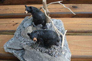Hand Crafted Bears 3-D Table Sculpture Kingston Kingston Area image 3