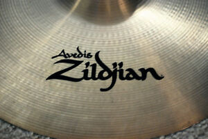 "Zildjian 18"" A Medium Crash – Mint Condition!"