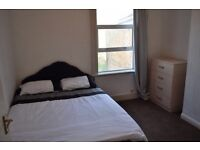 Double room to rent in Canning Town East Ham With Car Parking