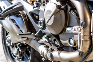 2016 Ducati Monster 821 EXCELLENT CONDITION!!